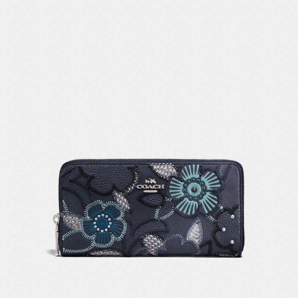 ACCORDION ZIP WALLET WITH PATCHWORK TEA ROSE AND SNAKESKIN DETAIL