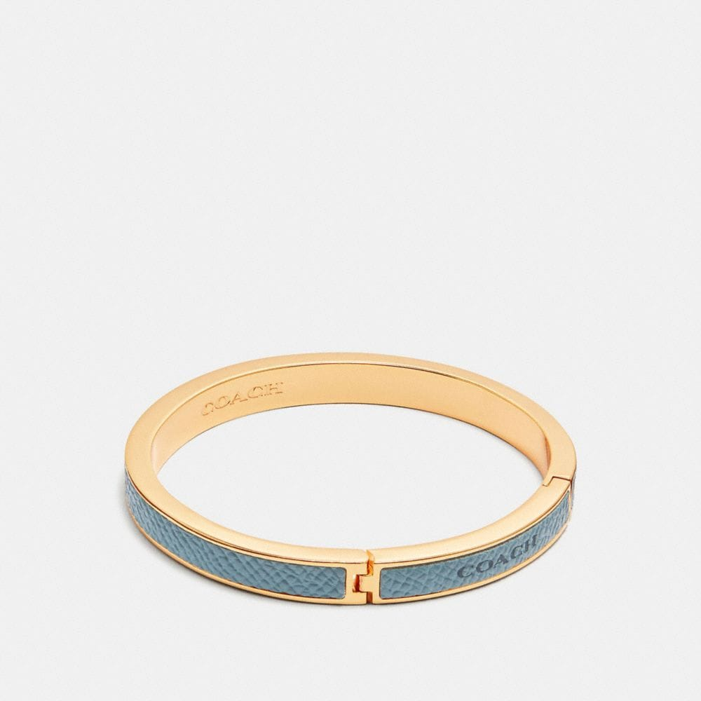 COACH PLAQUE HINGED BANGLE