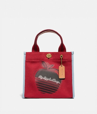 "TOTE 22 MIT ""BIG APPLE CAMP""-PRINT IM RETRO-LOOK"