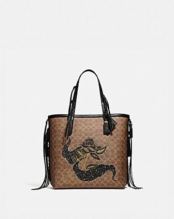 TOTE 34 IN SIGNATURE CANVAS WITH TATTOO