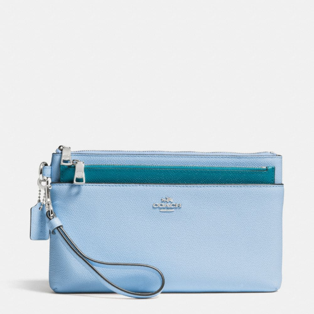LARGE WRISTLET WITH POP-UP POUCH IN COLORBLOCK CROSSGRAIN LEATHER