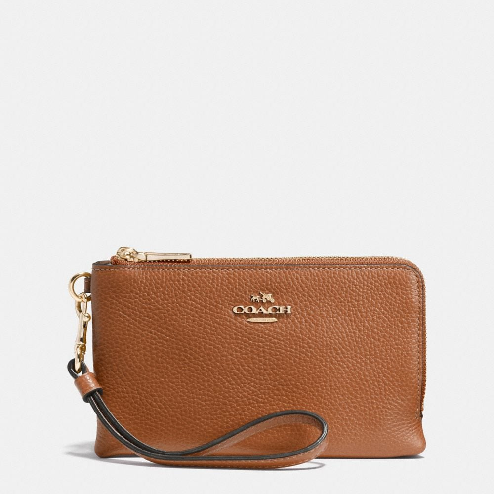 DOUBLE CORNER ZIP WRISTLET IN PEBBLE LEATHER