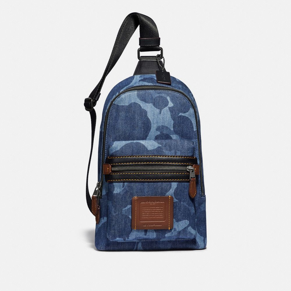 ACADEMY PACK WITH WILD BEAST PRINT