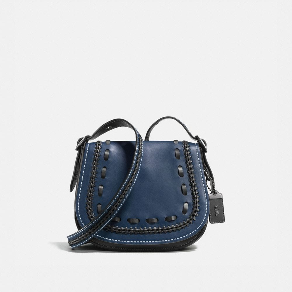 SADDLE BAG 23 IN GLOVETANNED LEATHER WITH WESTERN WHIPLASH DETAIL