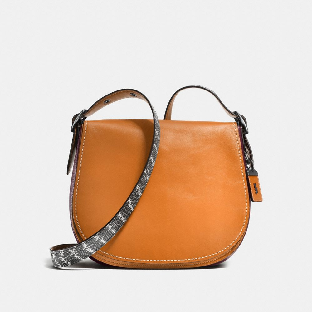 SADDLE BAG WITH COLORBLOCK SNAKE DETAIL