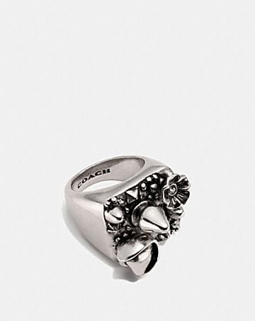 CLUSTER STUDDED RING