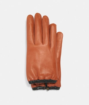 SCULPTED SIGNATURE GATHERED LEATHER TECH GLOVES