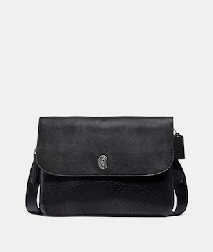 METROPOLITAN SOFT FLAP MESSENGER WITH COACH PATCH