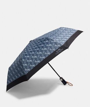 UMBRELLA WITH HORSE AND CARRIAGE PRINT