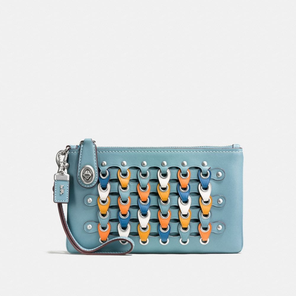 TURNLOCK WRISTLET 21 IN COACH LINK GLOVETANNED LEATHER