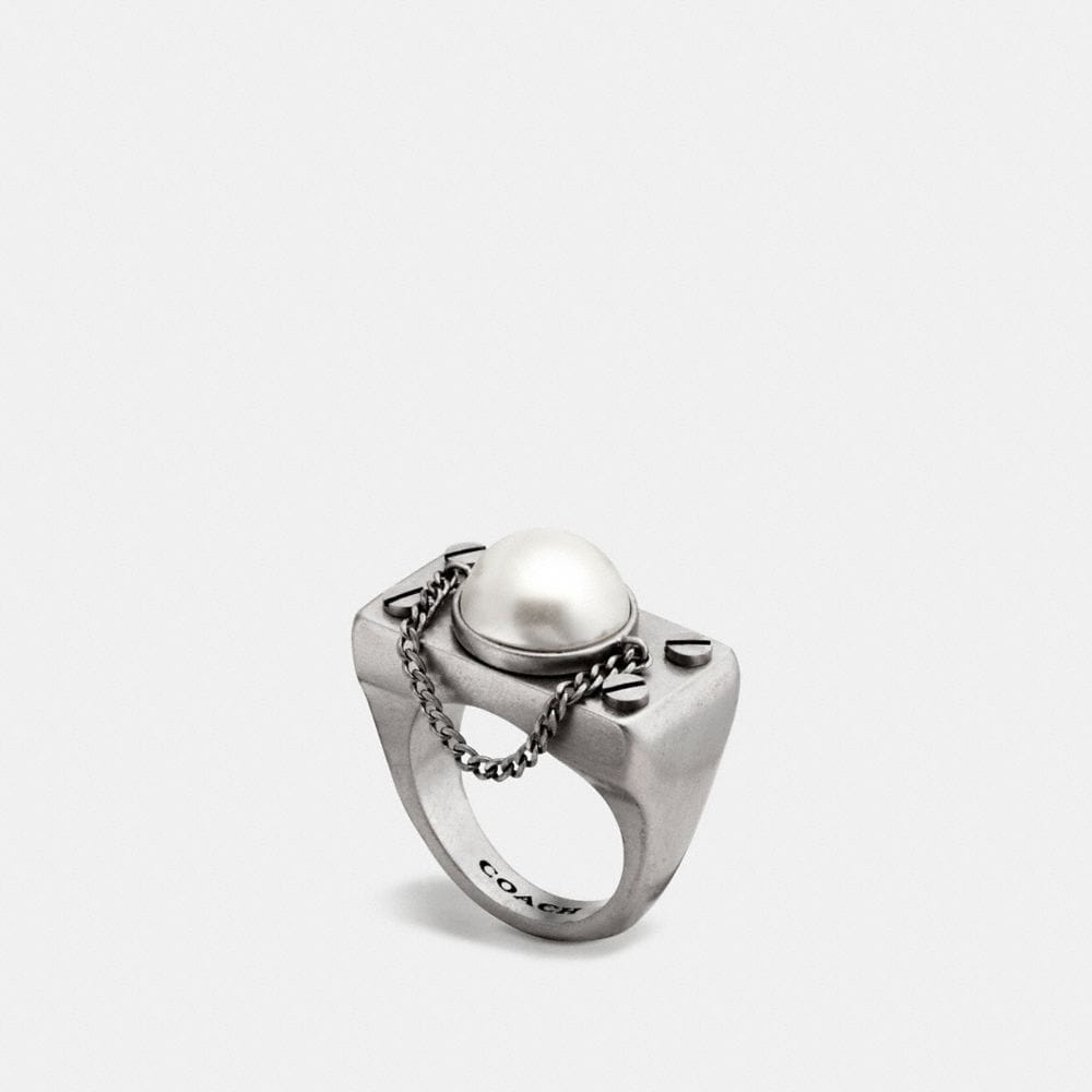 PEARL CHAIN RING