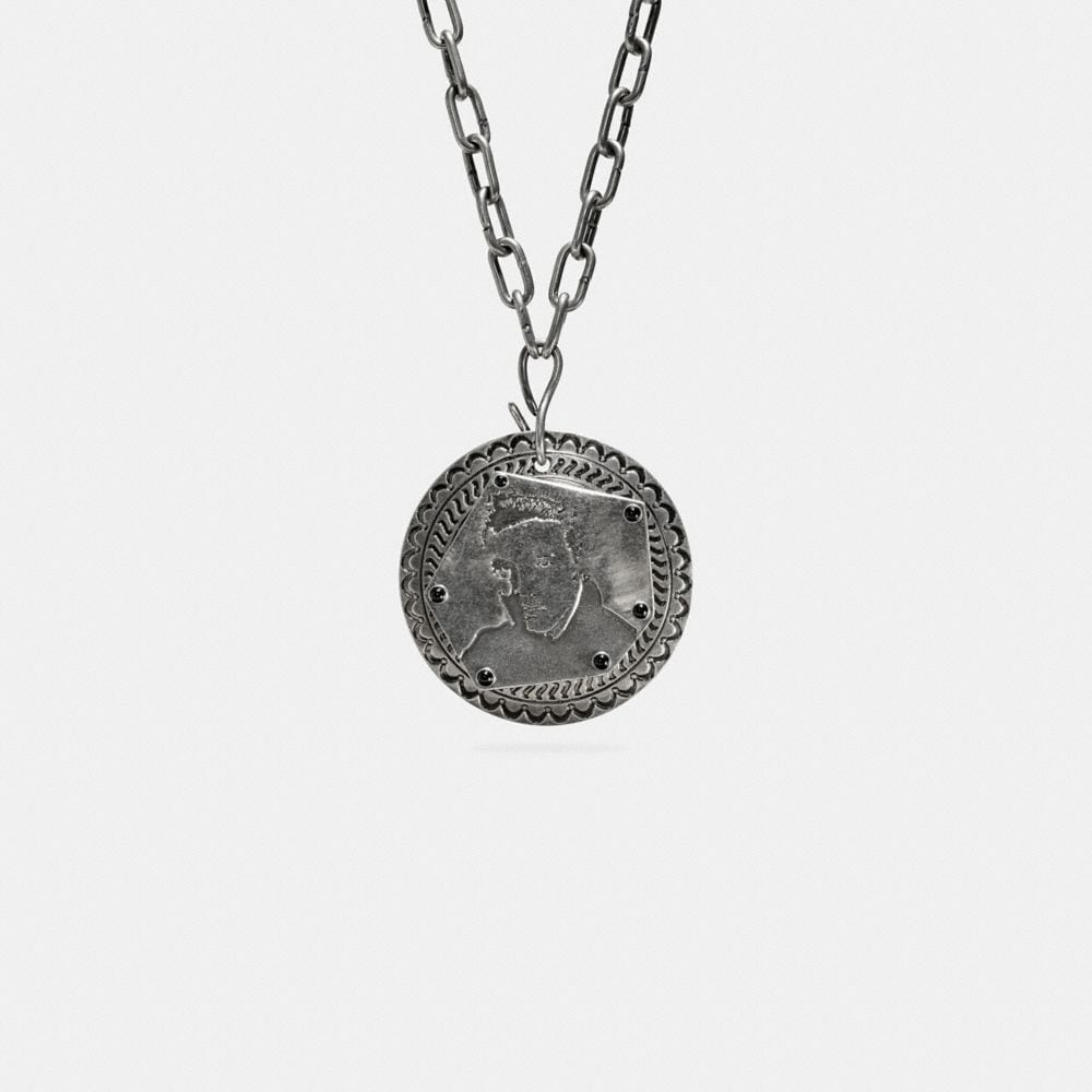OVERSIZED ELVIS™ PENDANT NECKLACE