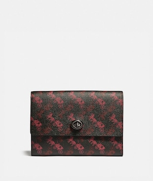 POUCH WITH HORSE AND CARRIAGE PRINT