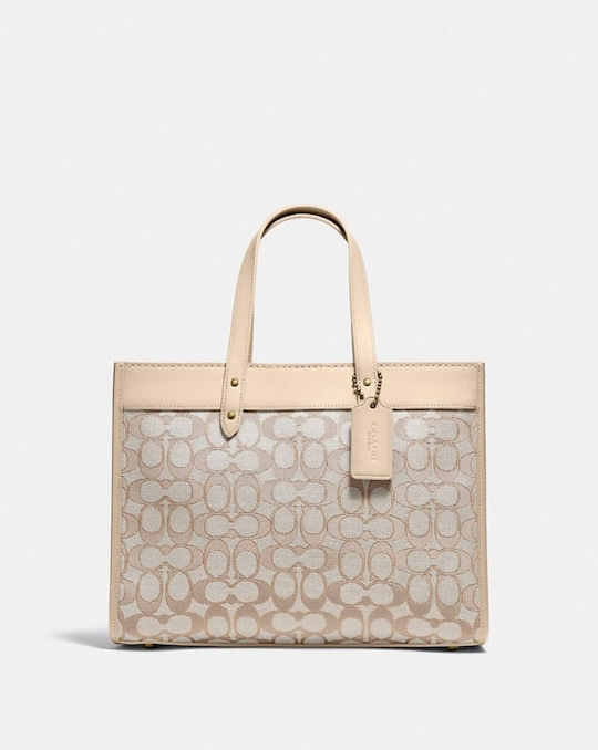 FIELD TOTE 30 IN SIGNATURE JACQUARD