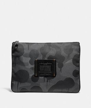 LARGE MULTIFUNCTIONAL POUCH WITH WILD BEAST PRINT