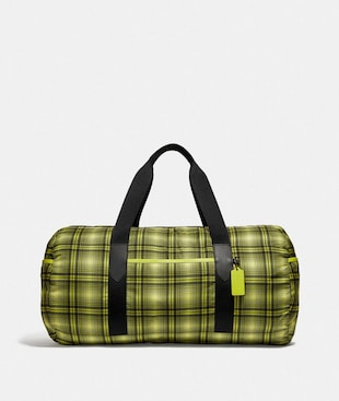 PACKABLE DUFFLE WITH SOFT PLAID PRINT