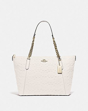 AVA CHAIN TOTE IN SIGNATURE LEATHER