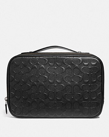 MULTIFUNCTION POUCH IN SIGNATURE LEATHER
