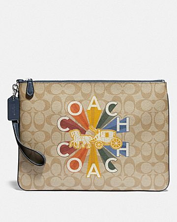 LARGE WRISTLET 30 IN SIGNATURE CANVAS WITH COACH RADIAL RAINBOW