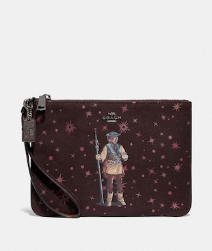 STAR WARS X COACH GALLERY POUCH WITH PRINCESS LEIA AS BOUSHH