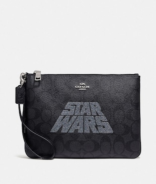 STAR WARS X COACH GALLERY POUCH IN SIGNATURE CANVAS WITH MOTIF