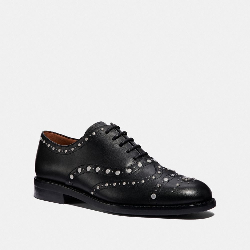 TEGAN OXFORD WITH STUDS